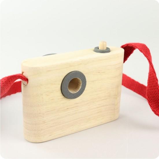 Camera foto din lemn
